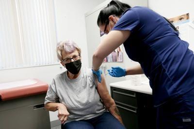 20210224-news-vaccine-mc-1.JPG