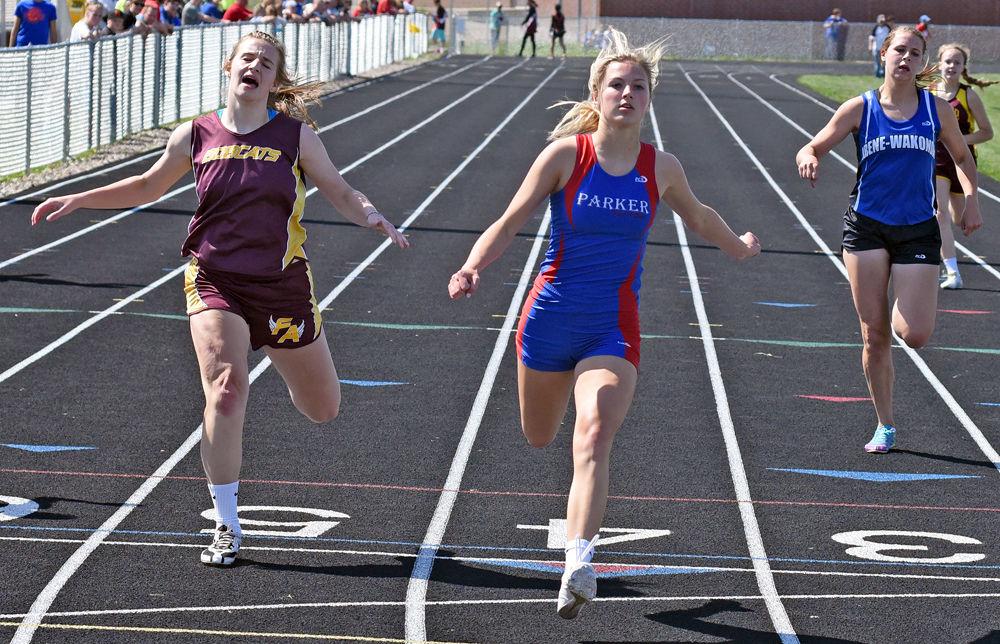 gayville single girls Girls class b: 3200 meter run south dakota hs championship meet maddy 7 gayville-volin 12:08.