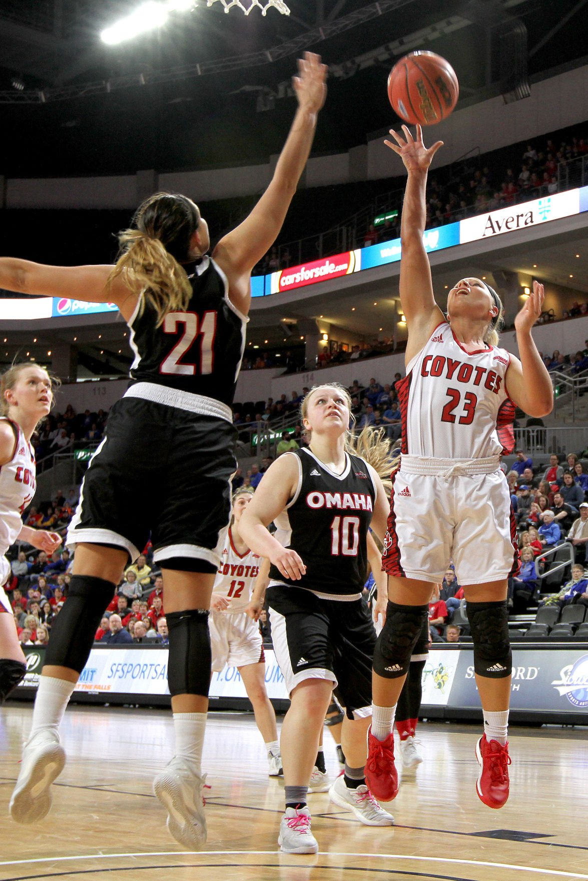 Coyote Women Fall In Summit League Tourney