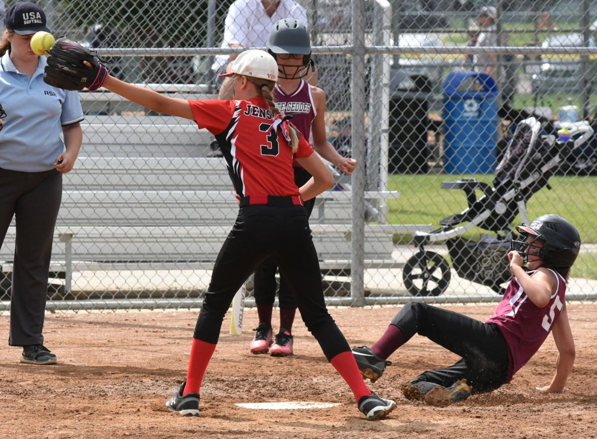 Friday S Scores Weekend Schedule For State Softball