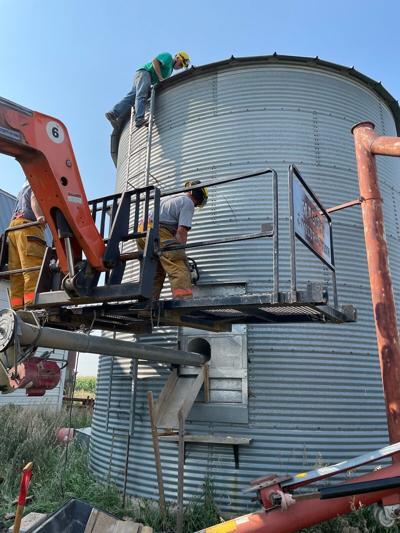 Hutchinson County Farmer Rescued From Grain Bin