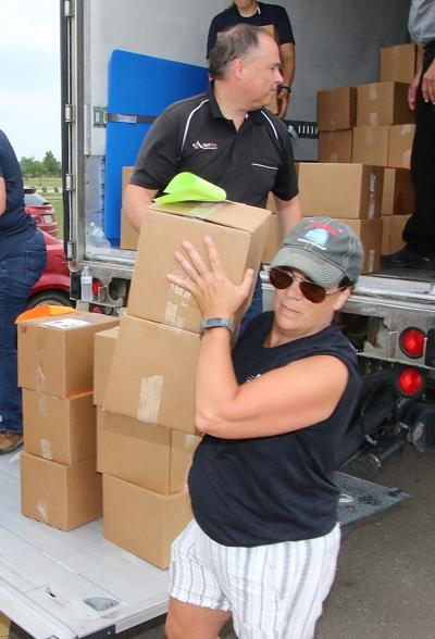Pork Producers Give Away 5 Tons Meat In Yankton