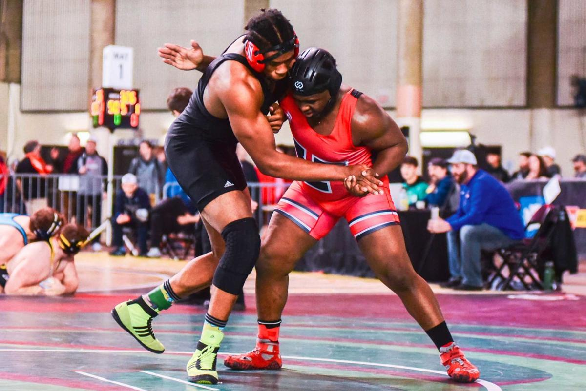 Yelm Wrestling Team Takes Third at Mat Classic