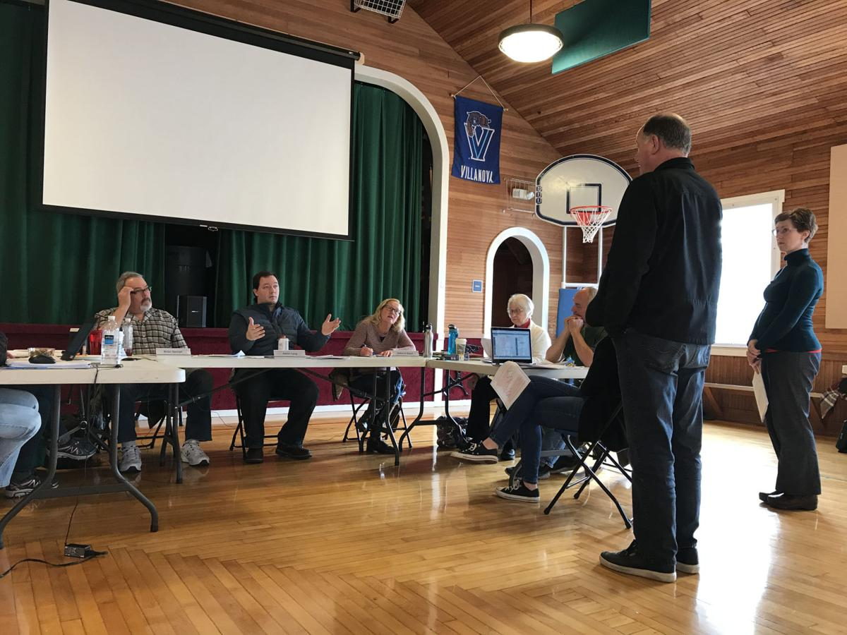 Clearwood Homeowners Association Will Ask Members to Repay for Embezzlement Losses, Transfer Capital Reserves