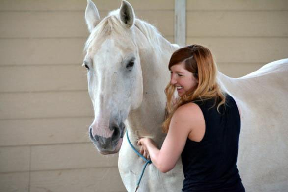 'Hope for Heroes': Yelm-Based Horse Therapy Nonprofit Helps Veterans