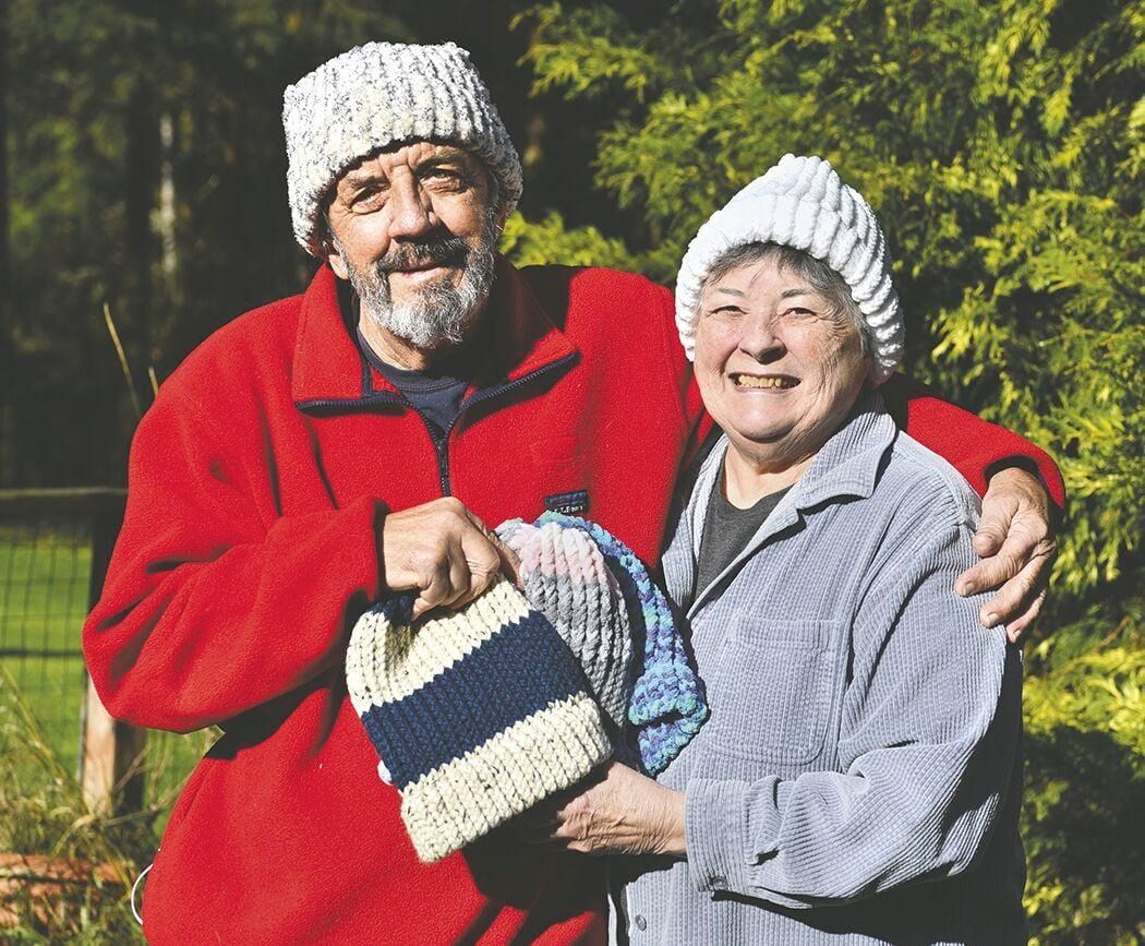 201119.life knit caps man.pd2.jpg