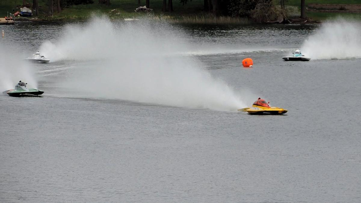 Racers Shatter World Records at Lake Lawrence Hydroplane Race
