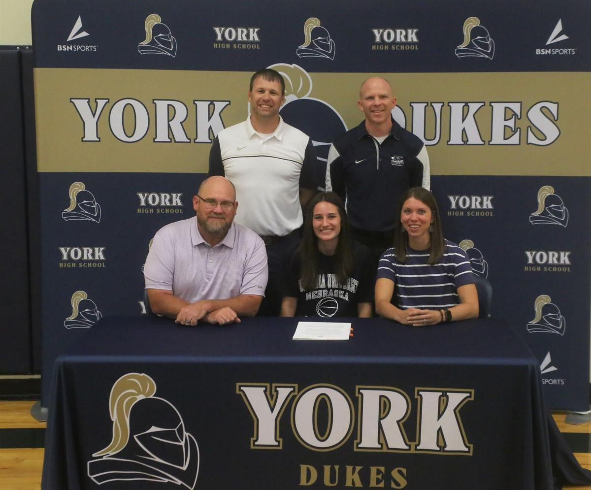 Shepherd signs on the line with Concordia