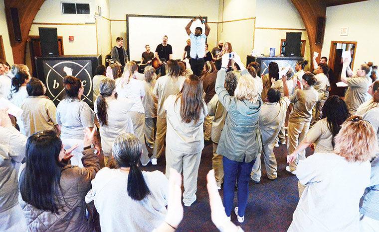 Prison fellowship brings hope to Nebraska Correctional