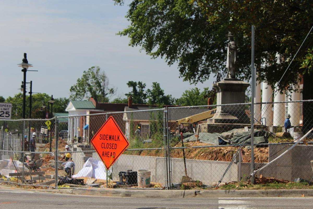 Construction at courthouse tuesday.JPG