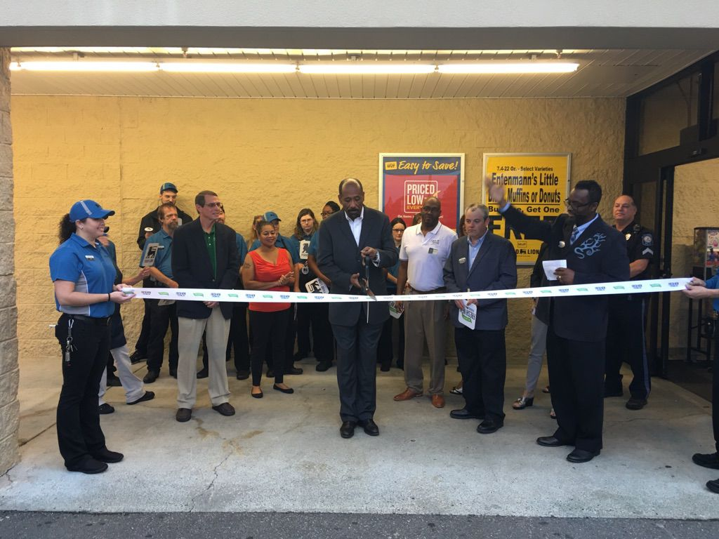Food Lion Celebrates Updated Sobo Stores Local Business Yourgvcom
