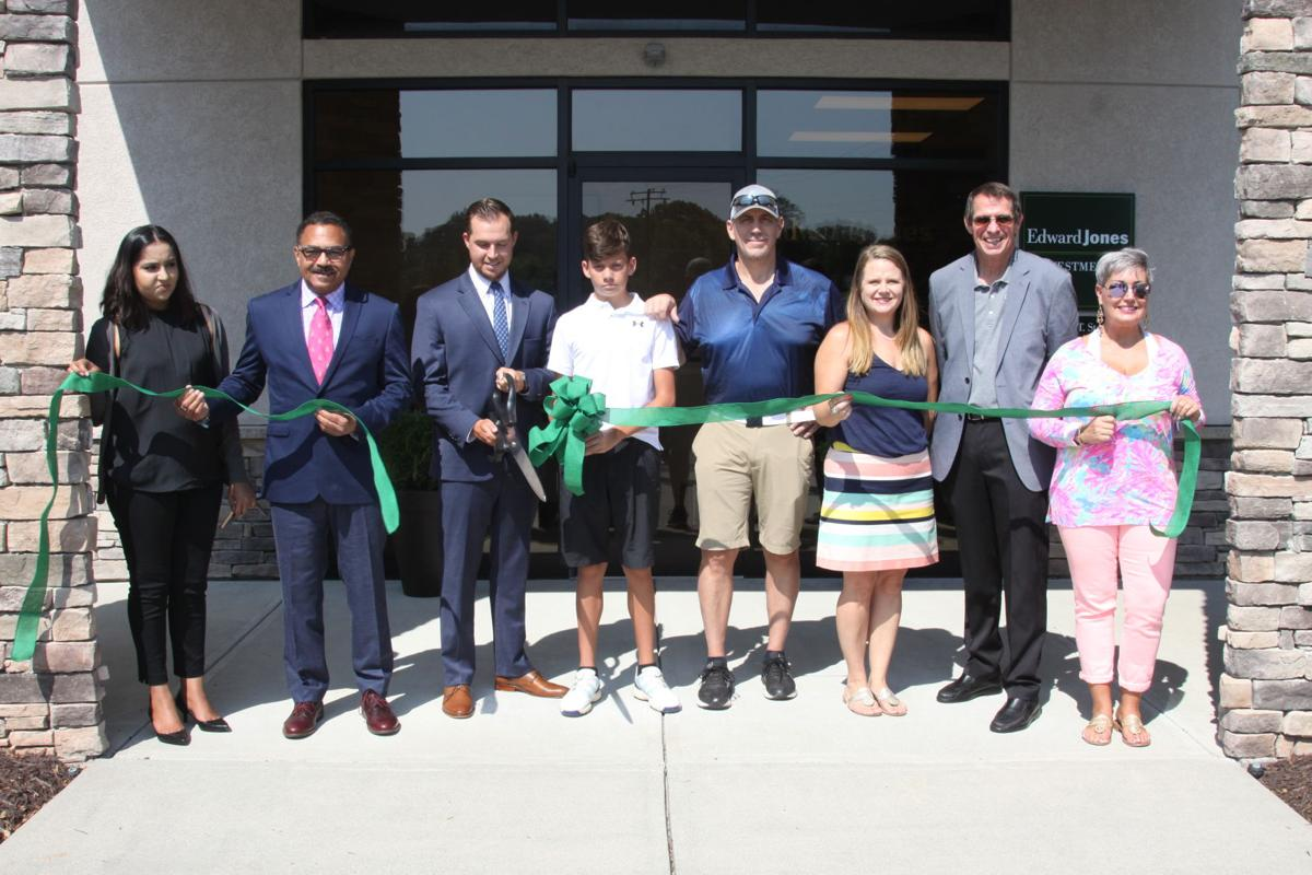 ribbon cut.JPG