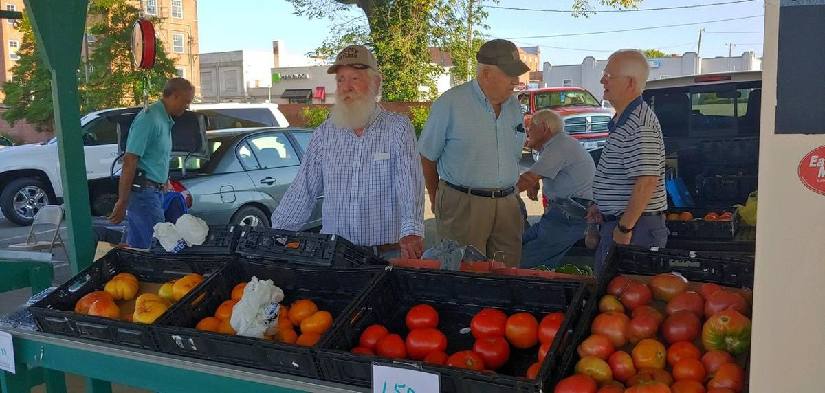 Farmer vendors are heart of SoBo Farmers Market | Local News
