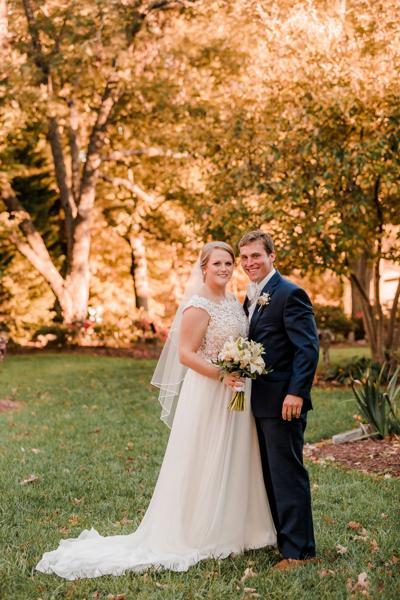 Elliott Mr. and Mrs. Sidney Robert Pace III