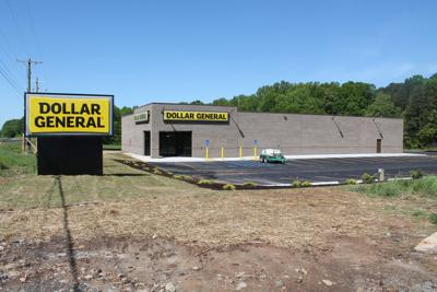 Doller General in Turbeville set to open Monday-1.JPG
